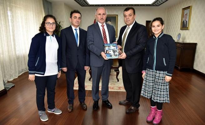 Vali Meral Leylek Baba Dergisi Yönetimini Kabul Etti