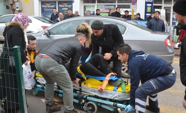 Yaya Öncelikli Yolda Motosikletin Çarptığı Yaya Yaralandı