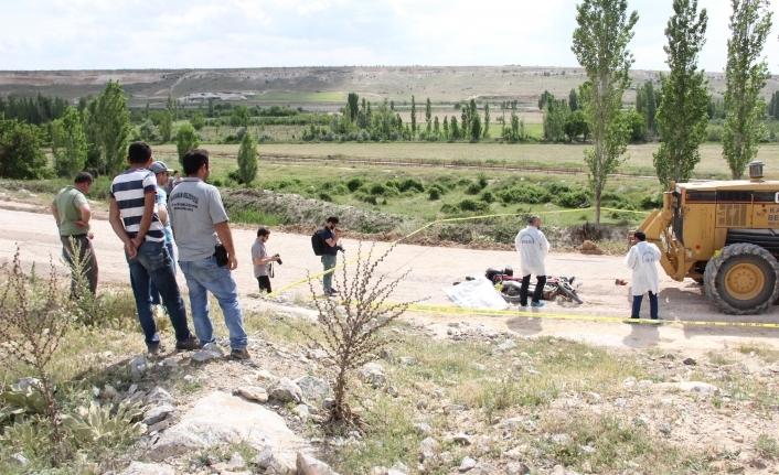Karaman'da Greyderin Altında Kalan Motosiklet Sürücüsü Öldü