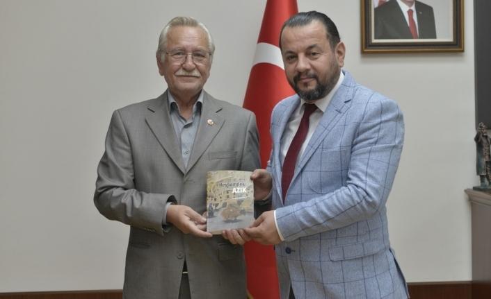 Karamanlı Şairlerden Rektör Akgül'e Ziyaret