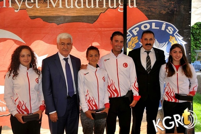 Karaman'da Başarılı Sporcular Ödüllendirildi
