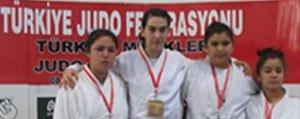 Judoda Karamanli Sporcu Türkiye Ikincisi Oldu