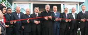 Karaman`in Ilk Yabanci Yatirimi Süperpak Ambalaj Fabrikasi Törenle Açildi