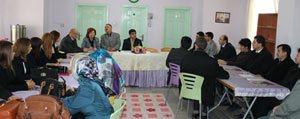 Aksoy, Özel Ögrenci Yurt Müdürleriyle Bir Araya Geldi