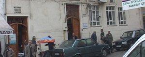 Kadirhane Camii Cemaate Küçük Geliyor