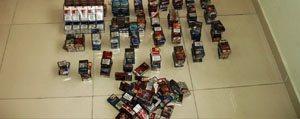Marketlerden Sigara Çalan 3 Kisi Tutuklandi