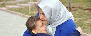 Gönül Elçileri Kimsesiz 5 Çocuga Daha Kucak Açti