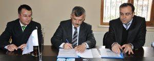 Tarim, Sanayi Ve Hizmet Sektörü Yatirim Kilavuzu Projesi Sözlesmesi Imzalandi
