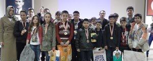 Özel Gevher Hatun Koleji Akil Oyunlarinda 13 Derece Yapti