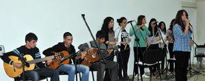 Güzel Sanatlar Ve Spor Lisesi Ögrencileri'nden Müzik Dinletisi