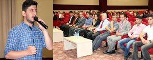 Emre Özdemir'den KMÜ'lü Ögrencilere Siir Ziyafeti