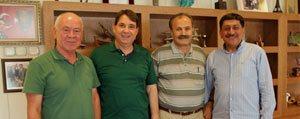 Izmir Karamanlilar Dernegi Baskani Bilgin Karaman'daydi