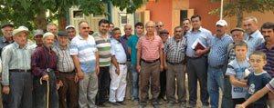 Elvan'in Köylerde Halkla Bulusmalari Sürüyor