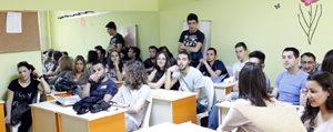 Yabanci Gençler Gençlik Merkezini Ziyaret Etti