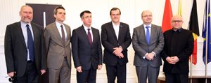 Karamanli Belçika ve Bulgar Siyasetçi Liege'de Bulustular