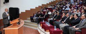 Kmü'de 'Küresellesen Dünyada Yeni Güç Türkiye' Konferansi