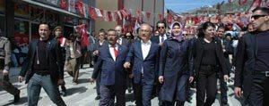 Bakan Elvan, Karaman'in Ilçe Ve Beldelerinde Seçim Çalismalarini Sürdürdü