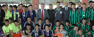 """""""Emniyet`ten Bir Yildiz Doguyor"""" Futbol Turnuvasi Sona Erdi"""
