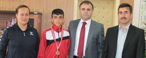 Sultanoglu, Türkiye Ikincisi Atlet Akdag'i Kabul Etti