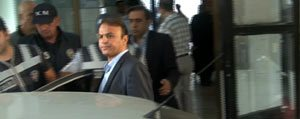 Karaman'a Gelirken, Havalimaninda Gözaltina Alindi