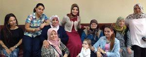 AK Partili Kadinlardan Huzurevine Ziyaret