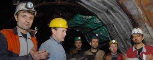 Zonguldakli Madenciler, Karaman'daki Meslektaslari Için Dua Etti