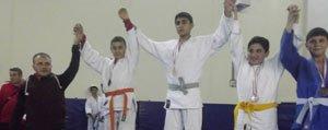 Judocular Basariyla Döndü
