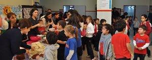 Baskent Okullarindan Sehit Madenci Yakinlarina Yardim