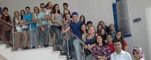 Yabanci Ögrenciler Gençlik Merkezini Ziyaret Etti