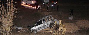 Hafif Ticari Araç Takla Atti: 3 Ölü, 2 Yarali