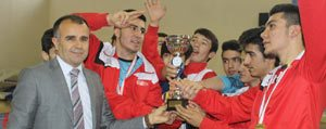 Futsalda Il Birincileri Kupasini Sultanoglu'ndan Aldi