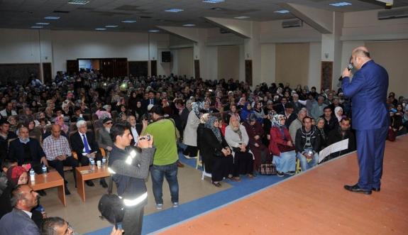 İlahiyatçı -Yazar Ömer Döngeloğlu Karaman'daydı