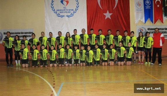 Karamanlı Bisikletçilerde Parola Şampiyonluk