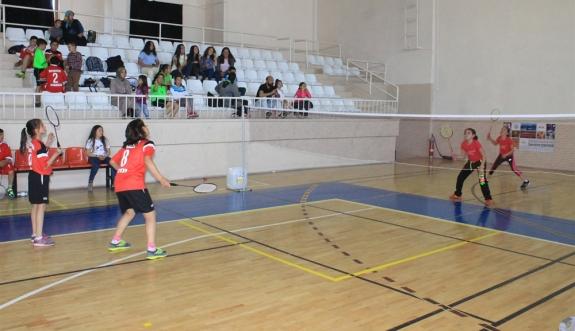 23 Nisan Badminton Müsabakaları Sona Erdi