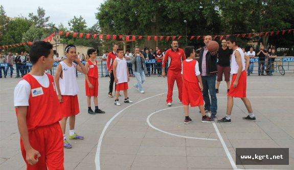 Karaman'da 3x3 Sokak Basketbolu Heyecanı Başladı
