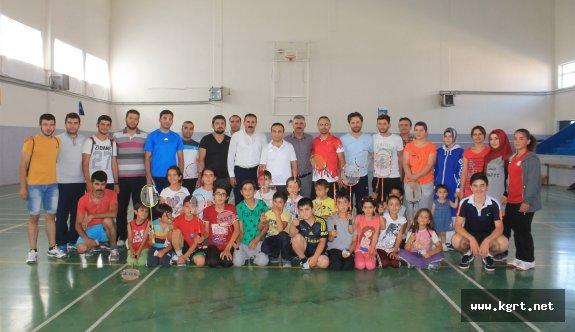 Şahin'den Ayrancılı Öğrencilere Özel Badminton Eğitimi