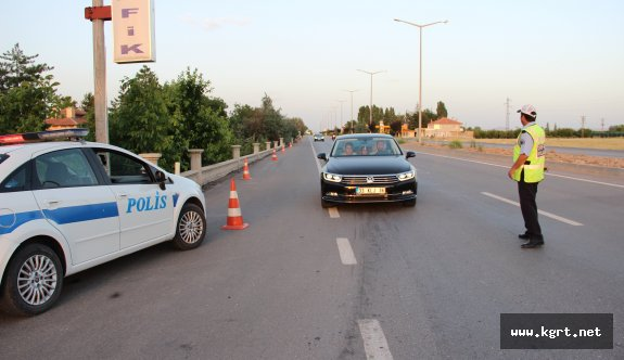 152 Bin Nüfuslu Karaman'a 9 Günde 340 Bin Araç Giriş Çıkış Yaptı