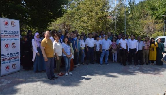 Uluslararası Kültür Turizmi Ve Medya Kurultayı Karaman'da Buruk Geçti