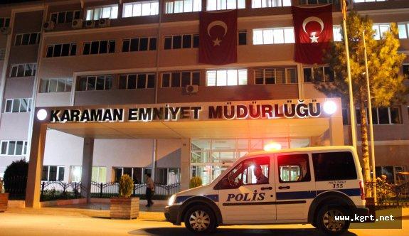 İl Emniyet Müdürlüğü'nün Önündeki Yol Araç Trafiğine Kapatıldı