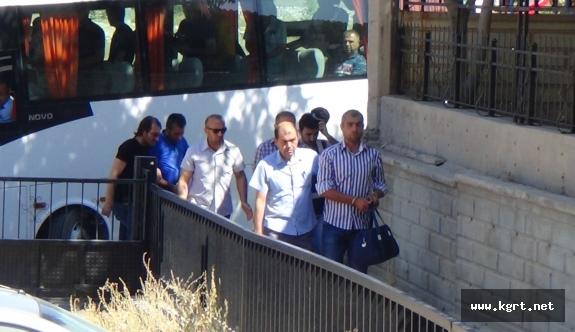 Karaman'da Gözaltına Alınan 32 Emniyet Mensubu Adliyeye Sevk Edildi
