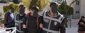 3 Kisi Tutuklandi