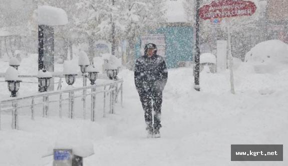 Karaman'da Bugün Hafif Kar Yağışı,Yarın Sis Bekleniyor