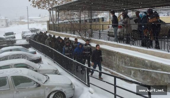 Karaman'da Fetö/Pdy Operasyonunda Gözaltındaki 15 Kişi Adliyeye Sevk Edildi