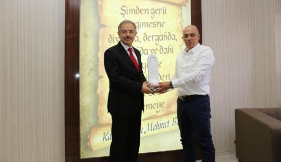 KMÜ Rektörü Sabri Gökmen'den Başkan Çalışkan'a Veda Ziyareti