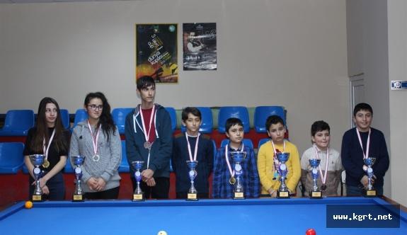 Minikler Ve Yıldızlar Pool Bilardo İl Şampiyonası Sona Erdi