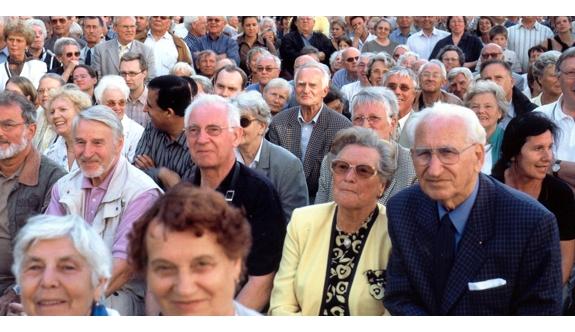 Yılmaz: Emeklilere Dev Hizmetler Sunuyoruz