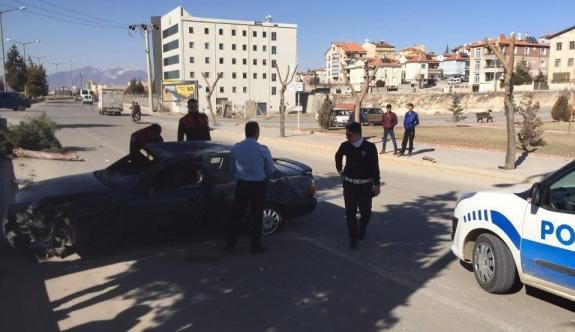 Karaman'da Otomobil Takla Attı: 1 Yaralı