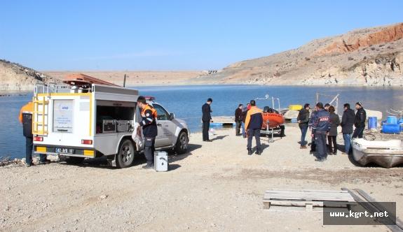 Kayıp Postacı Barajda Aranıyor
