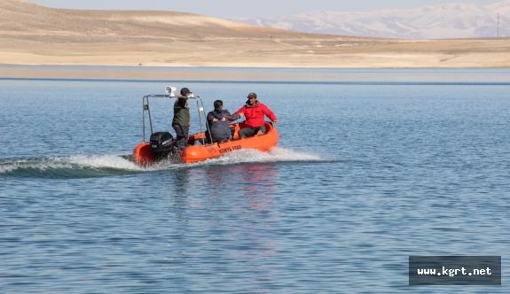 Kayıp Postacıyı Arama Çalışmaları İbrala Barajında Devam Ediyor