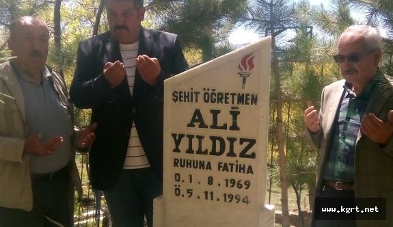 Terör Şehidi Öğretmen Ali Yıldız Anıldı